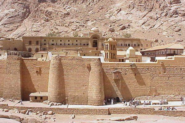 100839_Sharm_el_Sheikh_St._Catherines_Monastery_d827-26_751x500