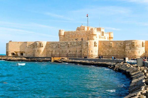 144821_Egypt_Cairo_AlexandriaFortress_shutterstock_71593240_751x500